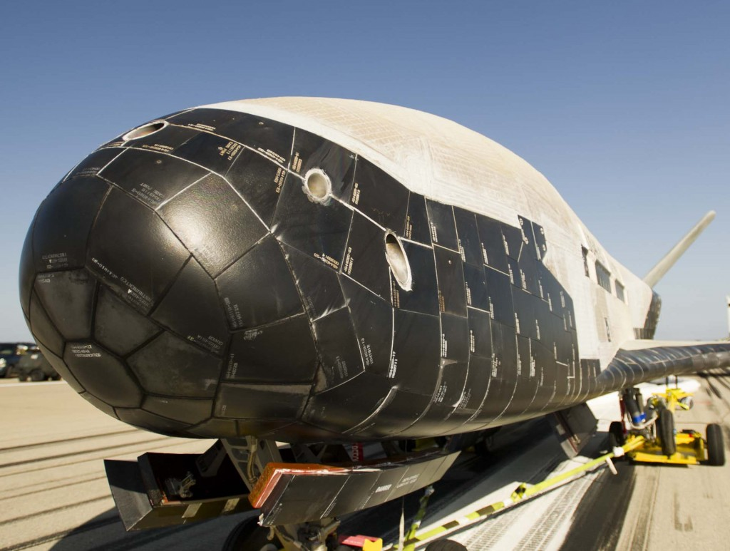 Boeing X-37B Orbital Test Vehicle Completes 469 Day Space ...