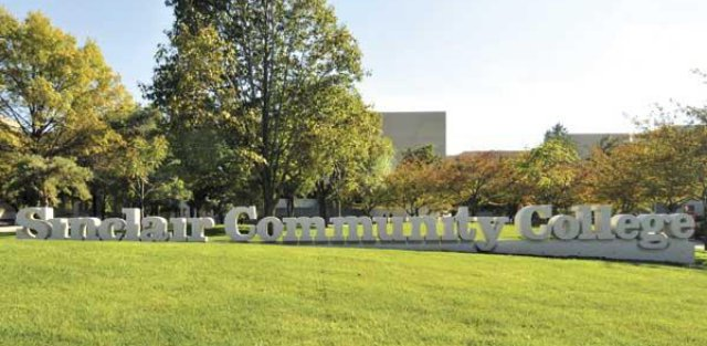 Sinclair Welcome Sign on a beautiful spring day