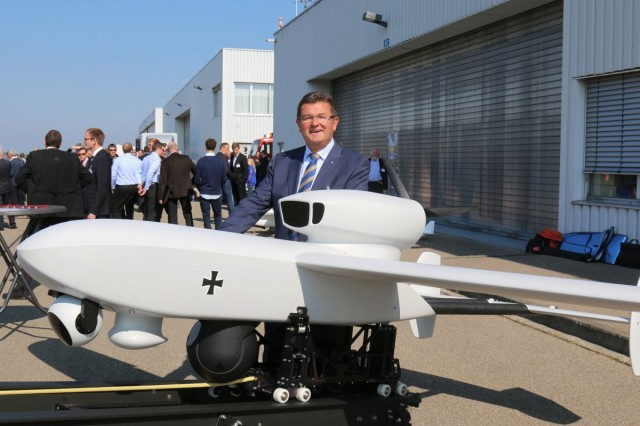 Bavaria´s State Secretary for Economy and Technology, Franz Josef Pschierer with EMT LUNA NG tactical UAS