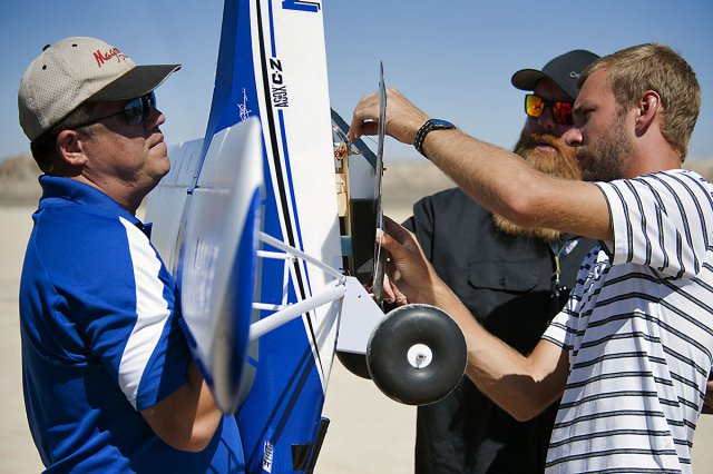 NASA Armstrong Flight Research Center Students Test Fly ...